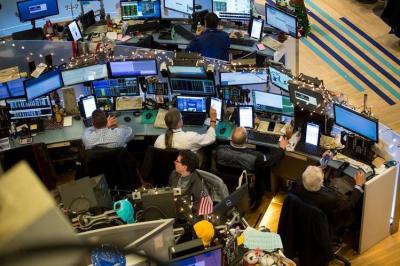 Νευρικότητα στη Wall Street - Στο επίκεντρο μάκρο και πακέτο Biden και σύσφιξη από Fed