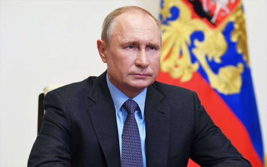 Poutin: Υπέγραψε νόμο που του δίνει το δικαίωμα να μείνει στο Κρεμλίνο έως το 2036